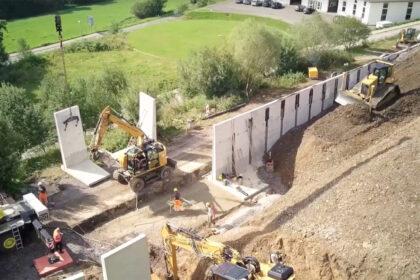 Bau neuer Produktionshalle